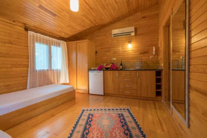 Wohnzimmer im klimatisierten Bungalow