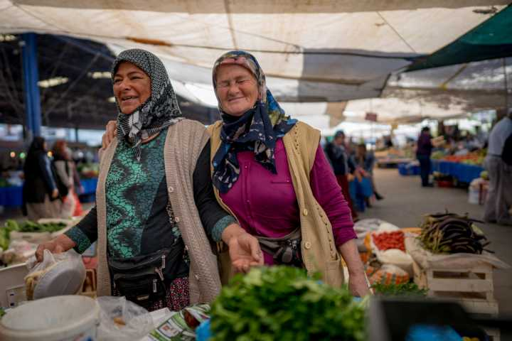 Women on the bazaar in Kumluca